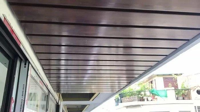 Trần nhựa giả gỗ ngoài trời - trần gỗ đẹp